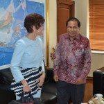 1. Menko Maritim dan Sumber Daya Rizal Ramli (kanan) menerima kunjungan Dubes Swiss untuk Indonesia Yvone Bauman di kantor Menko Gd. BPPT Jakarta hari Selasa 16-2-2016