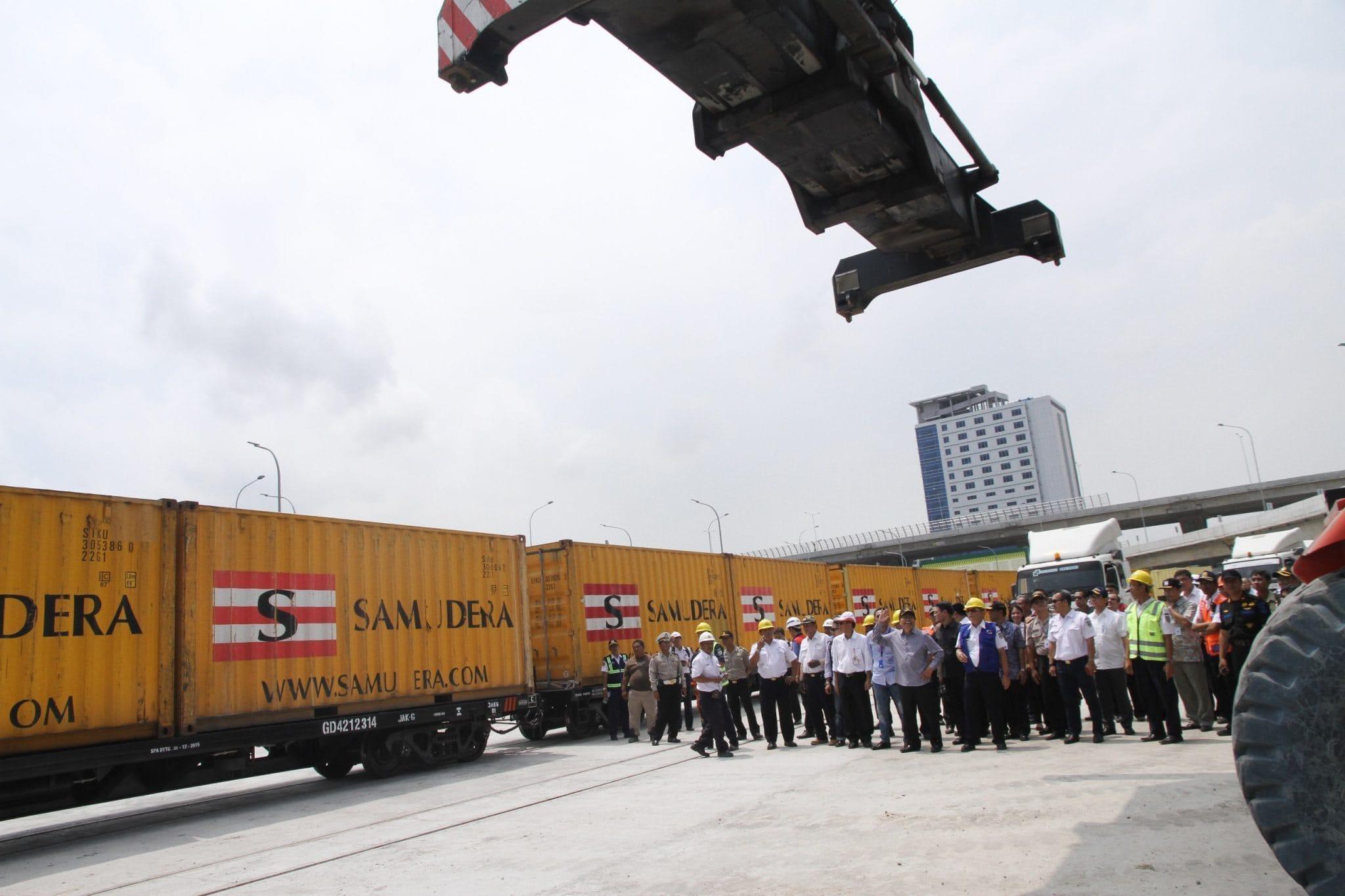 Pembangunan Pelabuhan Kalibaru Molor, RR Khawatir Terjadi 'Cost Off Run'