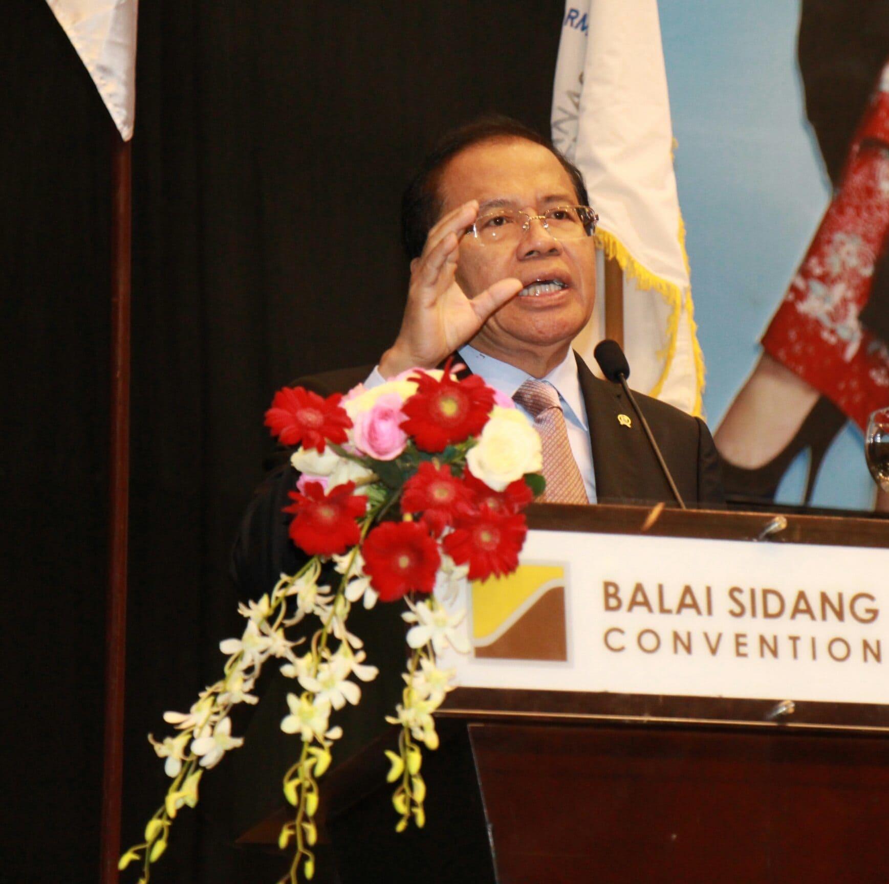 Jurus Rajawali Mendayung Rizal Untuk Perekonomian Indonesia