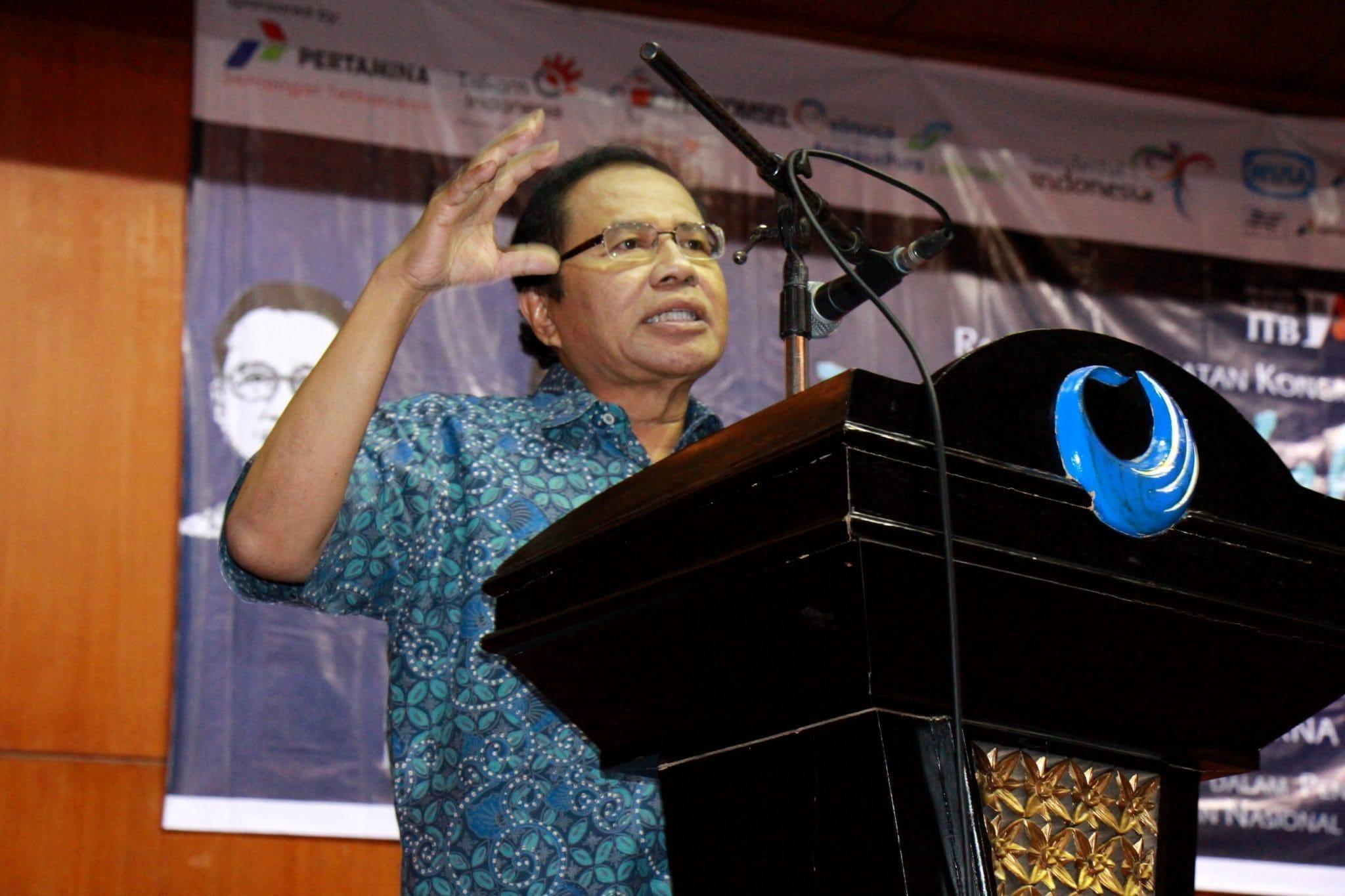 Menko_Maritim_dan_Sumber_Daya_Rizal_Ramli_Memberikan_Keynote_Sp