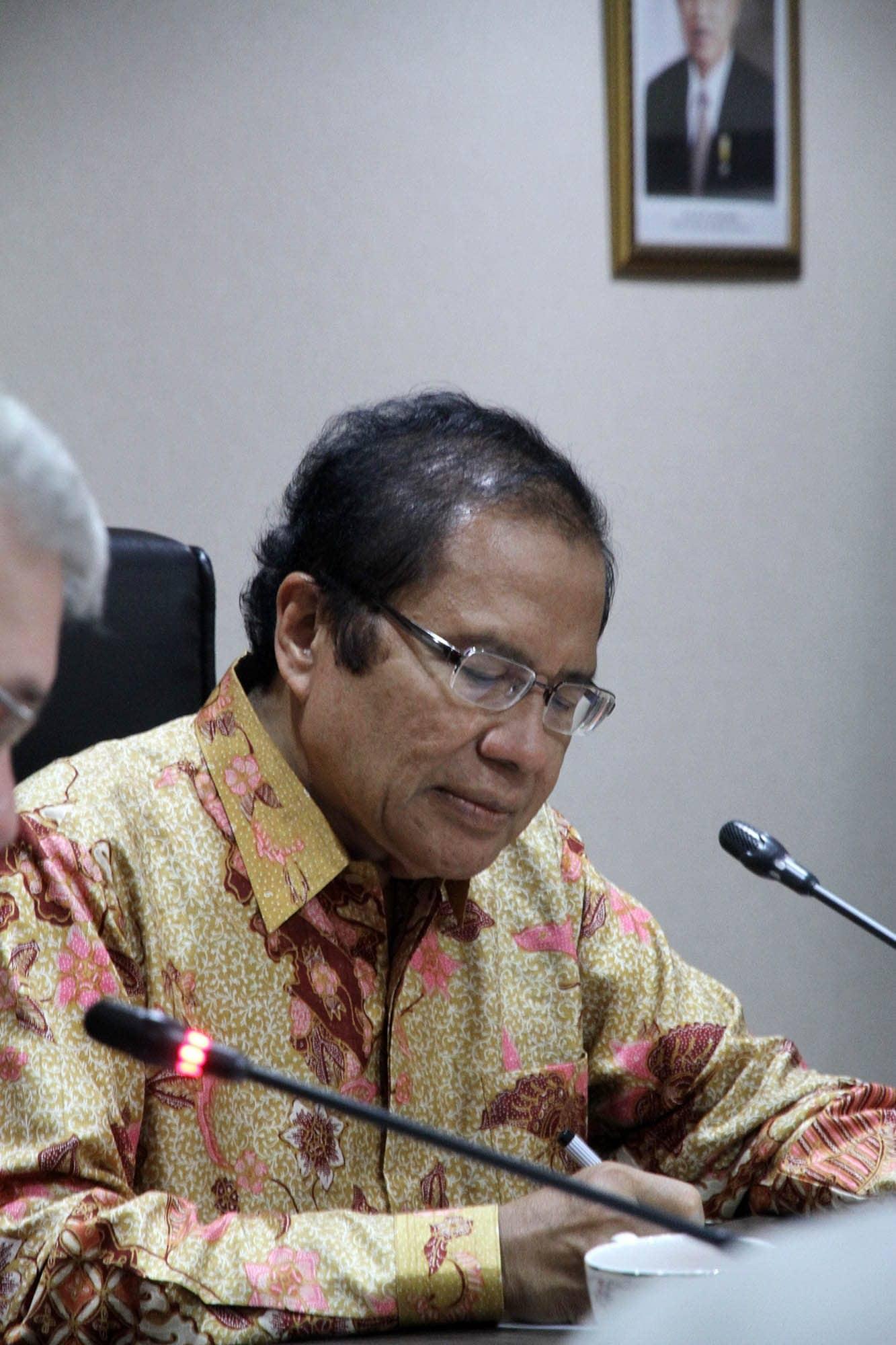 Rizal Ramli Saat Pimpin Rapat Koordinasi