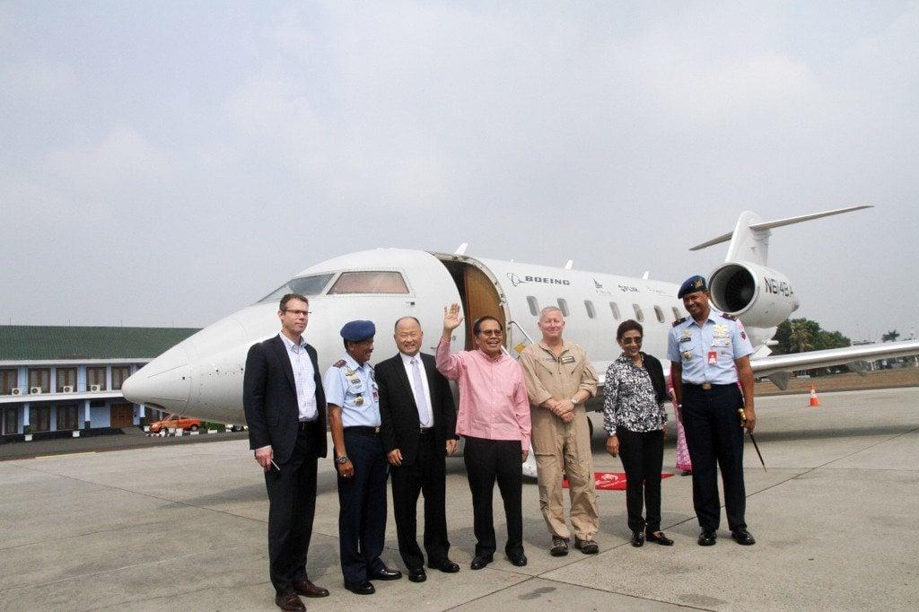 Rizal Ramli Pantau Uji Coba Pesawat Pengintai Boeing MSA
