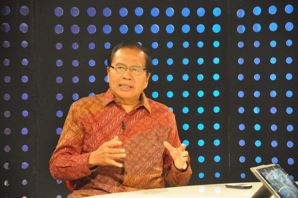 3.Menko Maritim dan SD Rizal Ramli saat dialog di DBS di Beritasatu studio