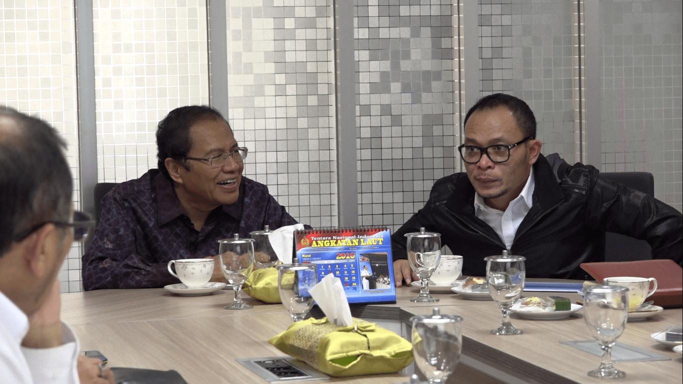 Rapat Koordinasi Tentang Tenaga Profesional Indonesia