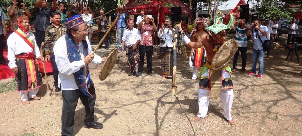 Rizal Terkesima Tonton Festival Seni Labuan Bajo