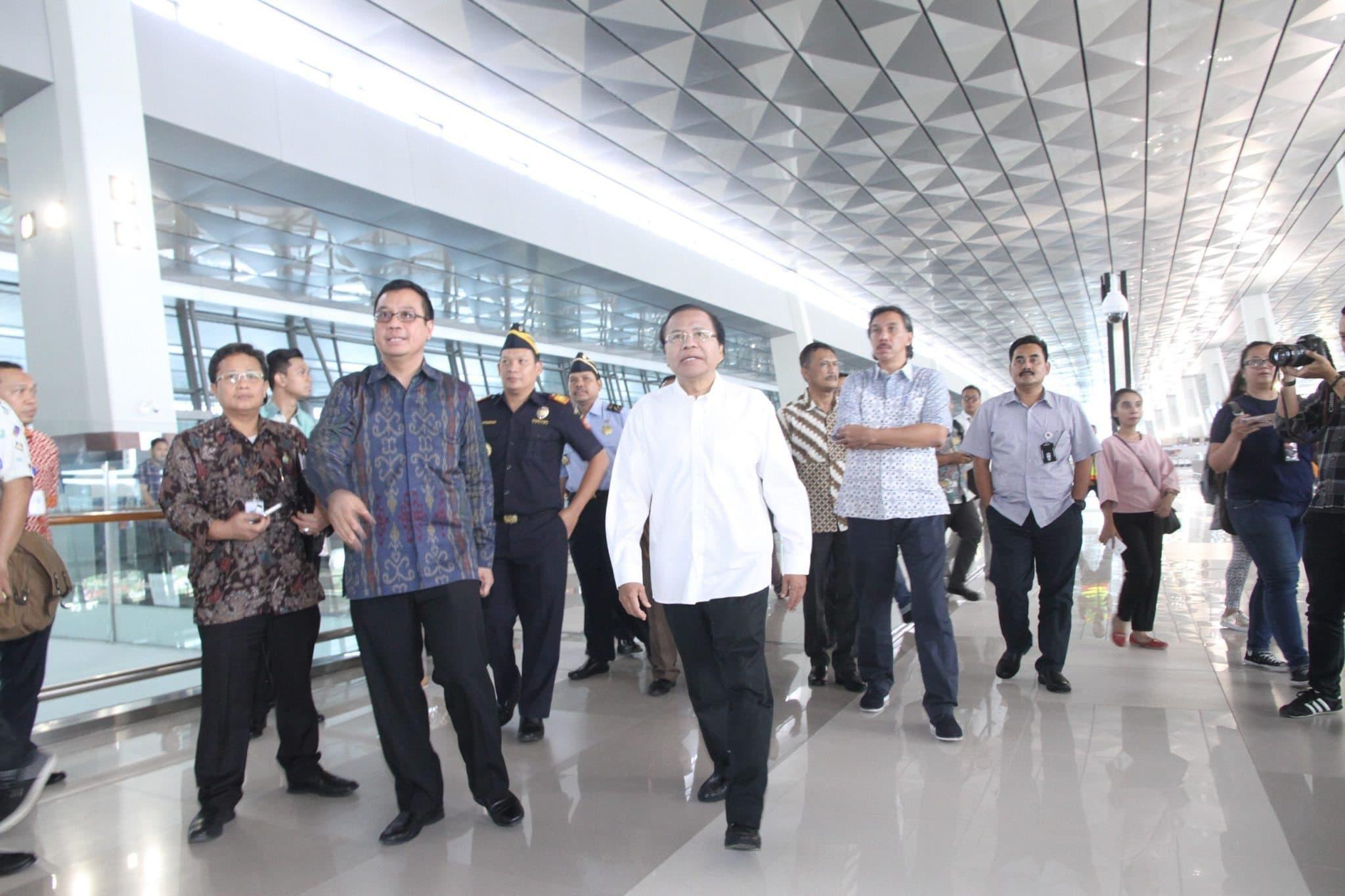 Menko Rizal Meninjau Kesiapan Terminal 3 Bandara Soetta