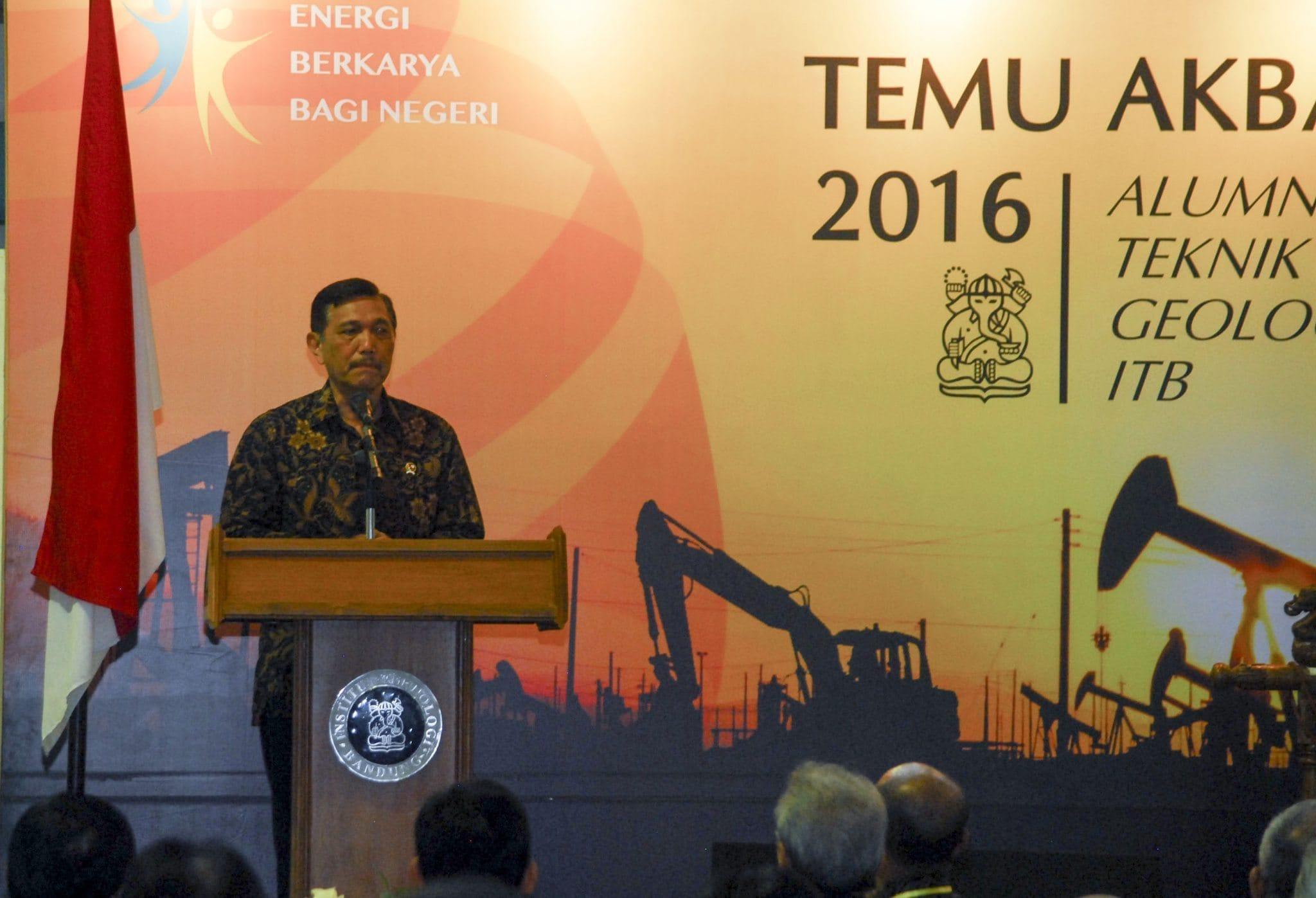 Menko Luhut : Pemerintah Akan Membangun Kembali Narasi Kemaritiman Yang Dibangun Bung Karno