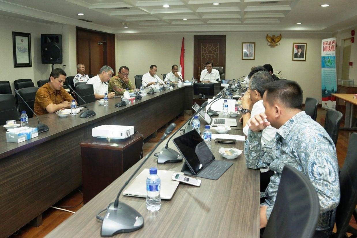 Menko Luhut Pimpin Rapat Koordinasi dengan para Menteri di bawah Koordinasi Kemaritiman