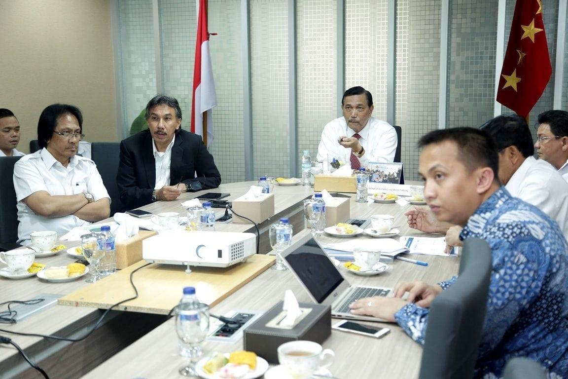 Rapat Koordinasi Penyelesaian Jalan Perbatasan Kalimantan dan Izin Penggunaan Kawasan Hutan