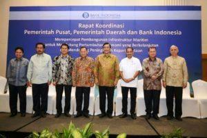 Menteri Koordinator Bidang Kemaritiman Luhut B. Pandjaitan Memimpin Rapat Koordinasi Pemerintah Pusat, Pemerintah Daerah dan Bank Indonesia dalam membangun infrastruktur maritim untuk mendukung pertumbuhan ekonomi yg berkelanjutan di Batam 12 Agustus 2016
