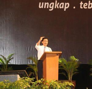 Menteri Koordinator Bidang Kemaritiman Luhut B. Pandjaitan Memberikan Keynote Speech nya di acara Amnesti Pajak di JIEXPO Kemayoran di Jakarta 1 Agustus 2016