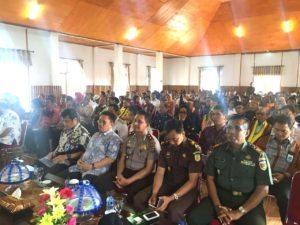 para peserta rapat koordinasi Deputi II Bidang Sumber Daya Alam dan Jasa Kementerian Koordinator Bidang Kemaritiman yang turut hadiri dalam agenda rapat koordinasi lanjutan pengembangan kawasan strategi pariwisata nasional (KSPN) yang berlangsung di Wakatobi 5 agustus 2016