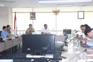Menko Luhut B Pandjaitan Pimpin Rapat dengan para pelaku usaha perikanan, di Kantor Kemenko Bidang Kemaritiman 19 September 2016
