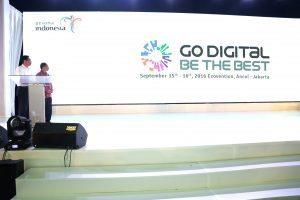 """Menko Maritim, Luhut B. Pandjaitan dan Menpar RI secara resmi membuka acara Rakornas Kemenpar III """"Go Digital Be The Best"""" di Jakarta (15/9)"""