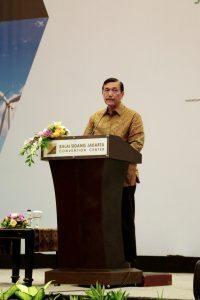 Menko Maritim Luhut B. Pandjaitan memberikan Keynote Speech pada acara 15th World Renewable Energy Congress (WREC) 2016 di JCC Senayan, Jakarta (20/9)