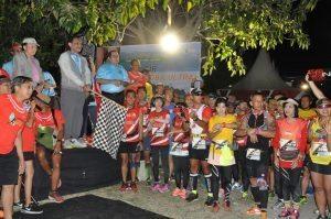 Menko Kemaritiman Luhut B. Pandjaitan buka Samosir Lake Toba Ultra Marathon 2016, Sabtu Pagi (17/9)