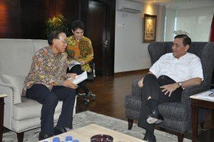 Meneteri Koordinator Bidang Kemaritiman Luhut B Pandjaitan hari Selasa (1/11) menerima kunjungan Duta Besar Jepang Yasuaki Tanizaki di kantor Menko Maritim Jakarta
