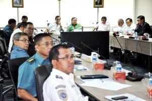 Menko Luhut B Pandjaitan Pimpin Rapat dan Diskusi Kra Cannal yg di hadiri juga oleh kepala bappenas Bambang Brodjonegoro di Kantor Kemenko Bidang Kemaritiman (22/11)