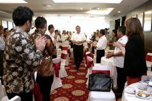 Dialog dan Silaturahmi Menko Maritim, Luhut B. Pandjaitan bersama Forum Bupati APKASI Ministrial Forum di Ballroom Sekretariat Apkasi, Gd. Sahid Sudirman Center, Jakarta (14/12)