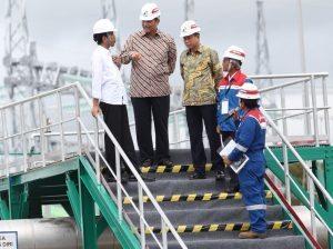 Menko Luhut mendampingi Presiden RI Joko Widodo pada saat peresmian PLTP ( Pembangkit Listrik Tenaga Panas Bumi ) Lahendong unit 5 & 6, serta PLTP Ulubelu unit 3 Lampung di Minahasa, Sulawesi Utara (27/12)