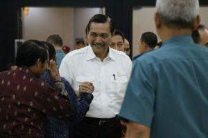 Menko Luhut Silaturahmi dengan perwira dan purnawirawan TNI AL di Wisma Elang Menteng, Jakarta Pusat (9/12)