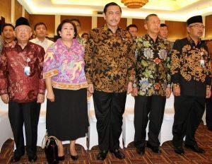 Menko Luhut B. Pandjaitan saat menghadiri peresmian pengeluaran pecahan uang Rupiah emisi Tahun 2016 (19/12).