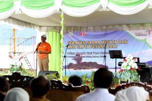 Menteri Koordinator Bidang Kemaritiman Luhut B Pandjaitan Hadiri acara Gerakan Sadar Wisata dan Aksi Sapta Pesona 2017 (8/2)