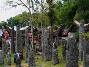 Tim khusus Kemenko Maritim menindaklanjuti arahan Wakil Presiden Republik Indonesia menjadikan Toraja sebagai destinasi kawasan strategis pariwisata nasional ke-11, Objek Wisata Bori' Kalimbuang, Situs Megalitik Toraja (07/02)