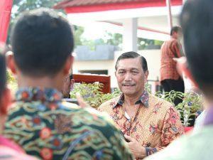 Menteri Koordinator Bidang Kemaritiman Luhut B Pandjaitan dalam acara Hari Puncak Hari Pers Nasional di Ambon (9/2)