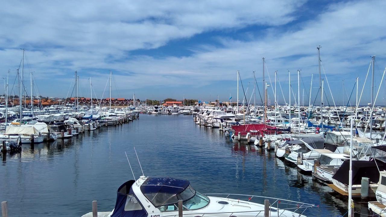 Pemerintah Akan Kembangkan Wisata Raja Ampat dengan Kapal Yacht