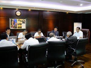 Menteri Koordinator Bidang Kemaritiman Luhut B Pandjaitan Pimpin Rapat Intern Kemenko Maritim yang dihadiri Pejabat Kemenko Maritim (13/2)