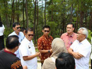 Tim khusus Kemenko Maritim menindaklanjuti arahan Wakil Presiden Republik Indonesia menjadikan Toraja sebagai destinasi kawasan strategis pariwisata nasional ke-11, Pango-Pango Tanah Toraja (07/02)
