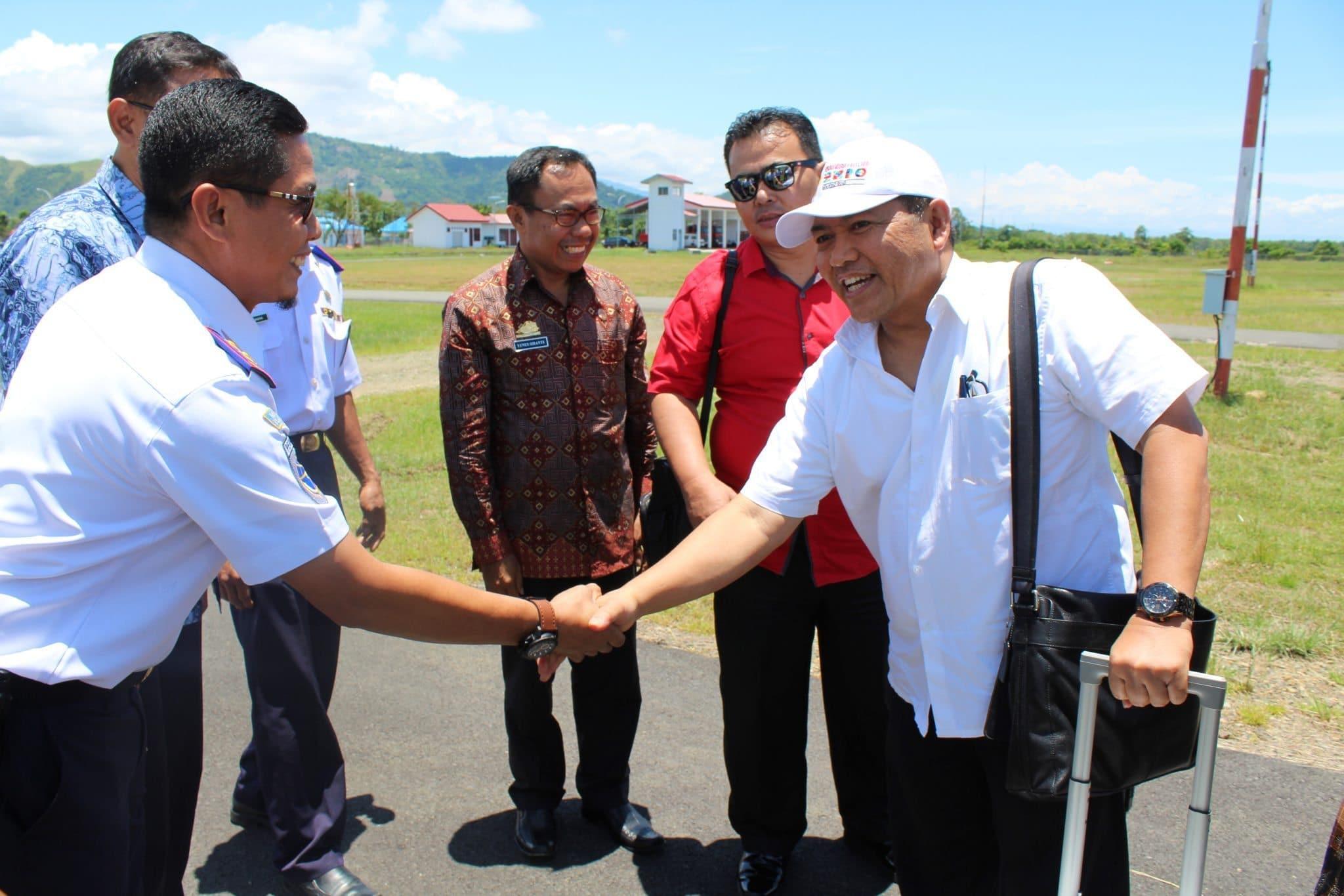 Rangkaian Kunjungan Deputi Koordinasi Bidang SDM,Iptek dan Kebudayaan Maritim di Bandara Bua Kabupaten Luwu