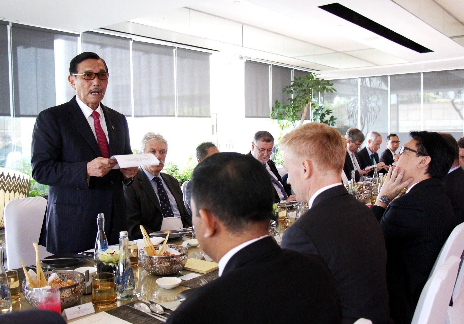 Adakan Lunch Meeting, Menko Luhut Temui Para Duta Besar Uni Eropa