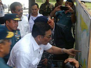 Menko Luhut melakukan peninjauan pulau Tolop, Batam (10/03/2017) Dok. Humas Maritim