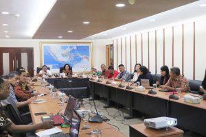 Kemenko Maritim Rapat Mengenai Sosialisasi GBBS dan Aksi Bersih bersama Komunitas-Komunitas Bebas Sampah
