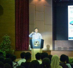 Menteri Koordinator Bidang Kemaritiman Luhut B Pandajitan Menjadi Pembicara dalam GINDO (Global Issues Network) 2017 dengan Tema Why Not Start Now di Sekolah Pelita Harapan Karawaci Tangerang-Banten