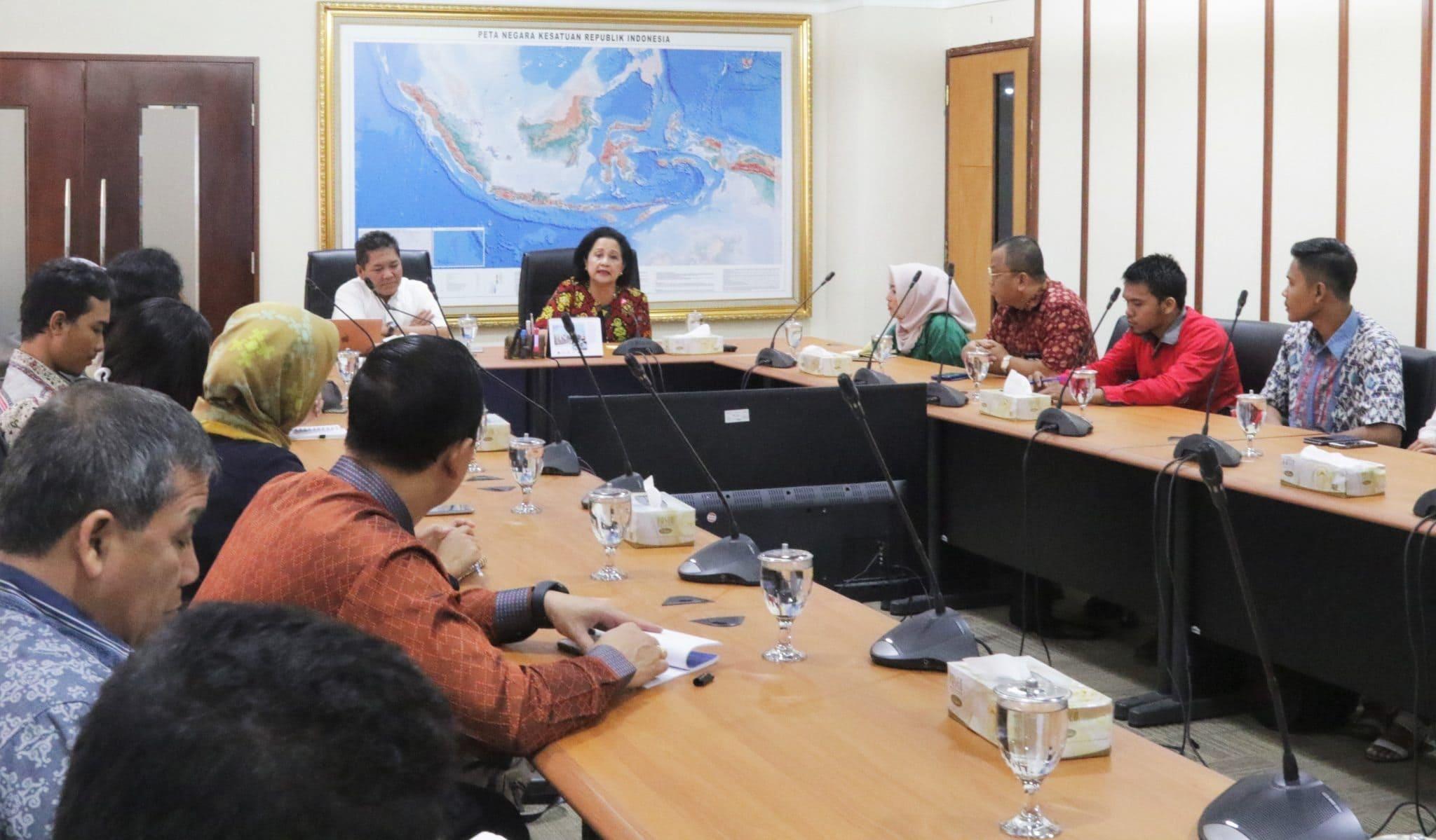 Kemenko Maritim Adakan Rapat Sosialisasi Gerakan Budaya Bersih dan Senyum (GBBS)