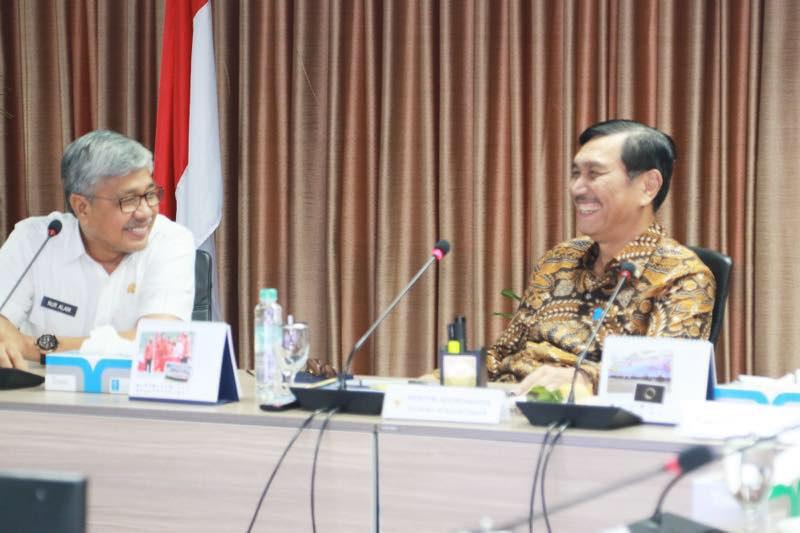 Menko Luhut Pimpin Rakor Pengelolaan Lahan Industri Kabupaten Konawe