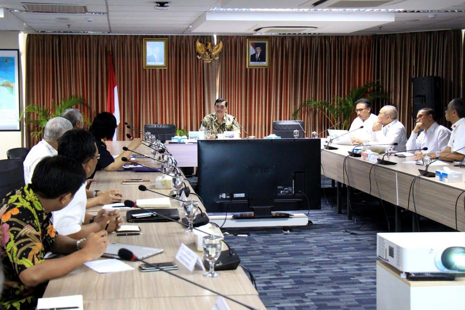 Menko Luhut Pimpin Rapat Koordinasi Rakor tentang Tindak Lanjut Pemanfaatan dan Pengelolaan Dryport Cikarang