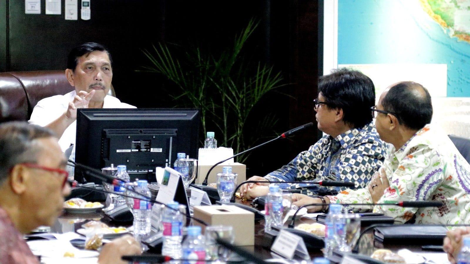Menko Luhut Menerima Paparan Usulan Program BPPT Tahun 2018
