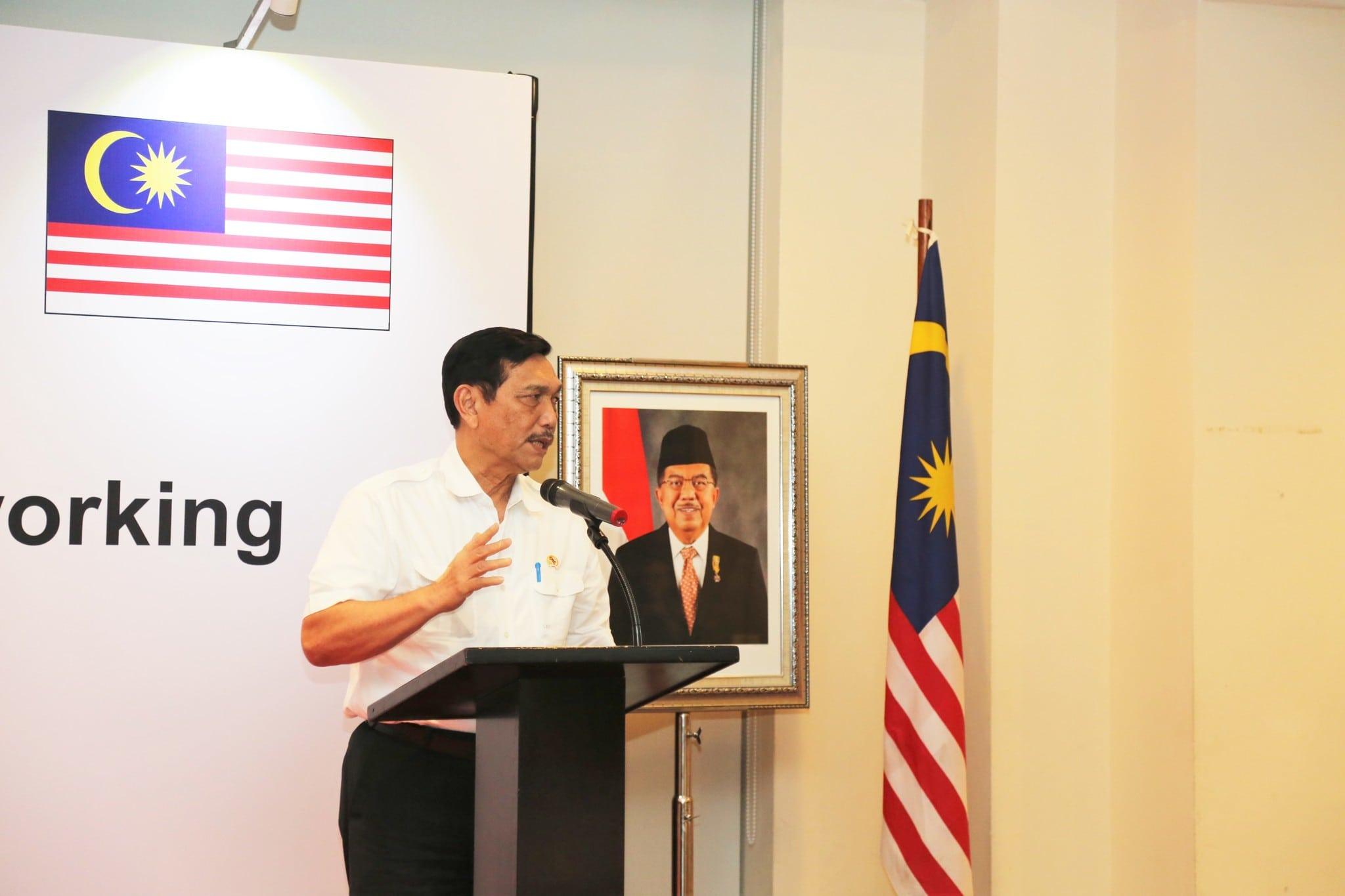 Menko Luhut Hadiri Undangan Networking Dinner Investasi Indonesia-Malaysia