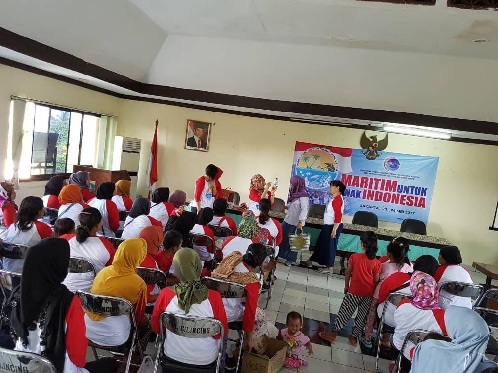 DWP Kemenko Maritim Turut Sosialisasikan Indonesia Bersih