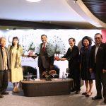 "Menko Maritim Luhut Binsar Pandjaitan hadiri peluncuran buku ""Neither Civil Nor Servant"" The Philip Yoe Story, di Grand Indonesia, Jakarta (10/7)."