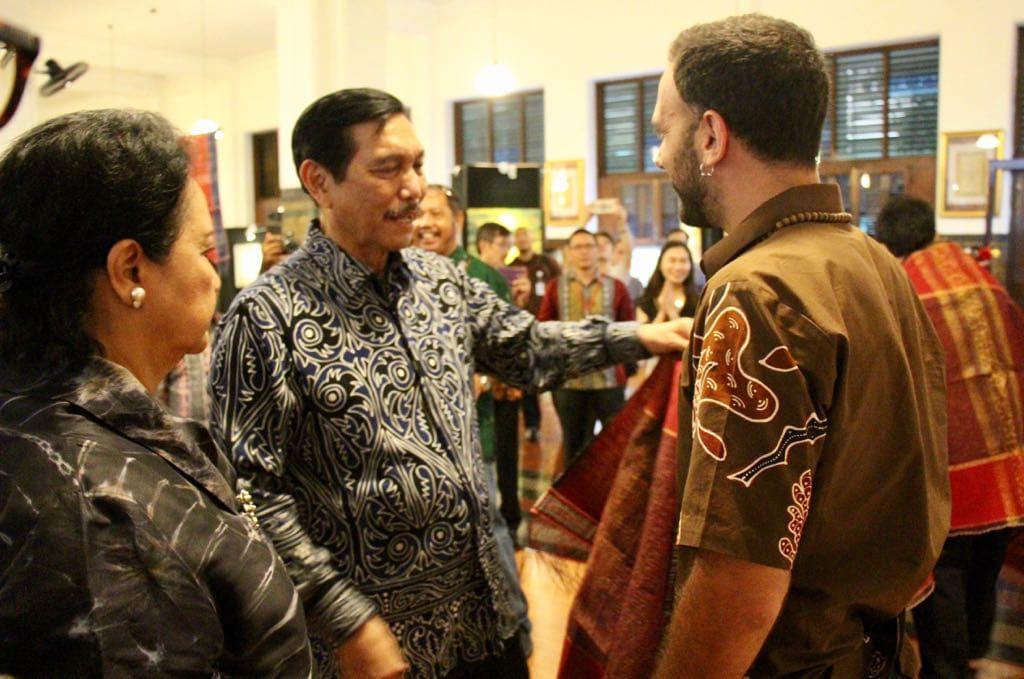Menko Luhut Hadiri Penutupan Toba Nauli 17 Photo Contest & Exhibition 2017 di Museum Bank Mandiri