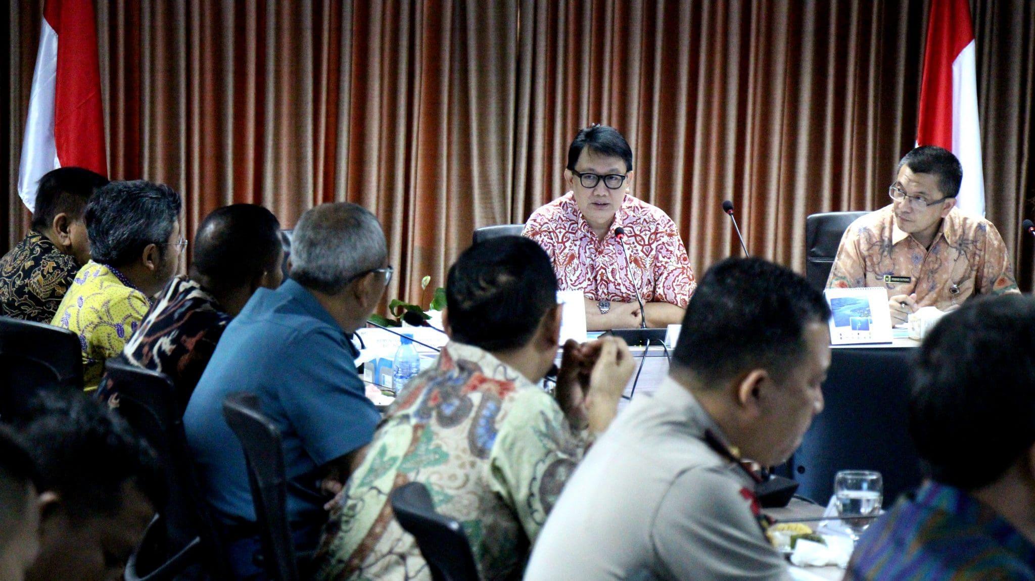 Deputi Bidang Kedaulatan Maritim Pimpin Rapat Koordinasi Peluncuran Pemutakhiran Peta Indonesia 2017