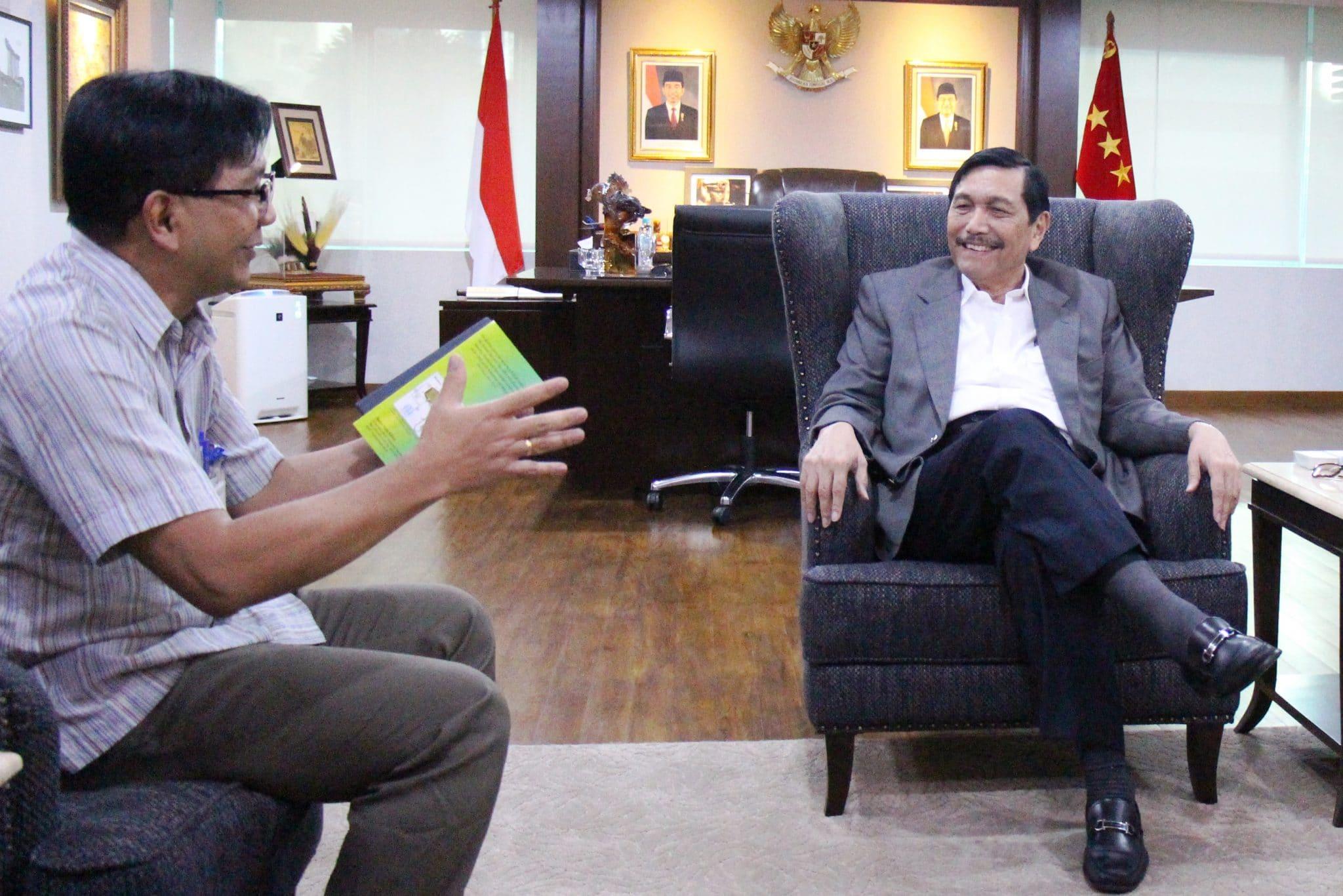 Menko Luhut Terima Audiensi Kepala BATAN Prof. Dr. Djarot Sulistio Wisnubroto