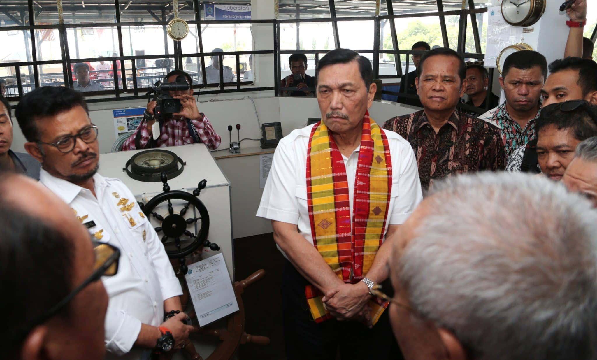 Menko Luhut Lakukan Peninjauan ke SMK Pelayaran Katangka Makassar