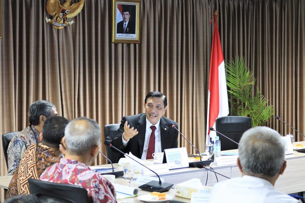 Menko Luhut Pimpin Rakor Tindak Lanjut Efesiensi dan Efektifitas Pengelolaan Pelabuhan Indonesia