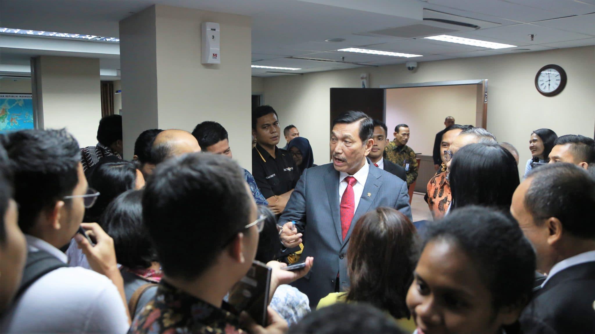 Menko Luhut: Jika Proses Reklamasi ditunda Proses Penurunan Jakarta Akan Terus Berlanjut